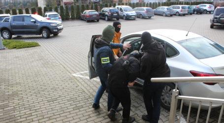 Morderstwo w Opocznie. Wśród zatrzymanych 15-latek! [FILM]